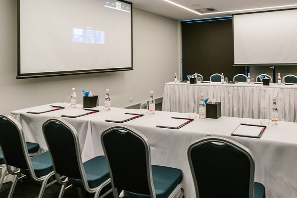 BranksomeHotel-MeetingRoom.jpg